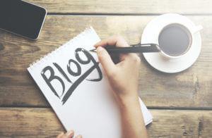 blogging digeetalife 300x196 - Six (06) choses que vous gagnez à devenir blogueur.
